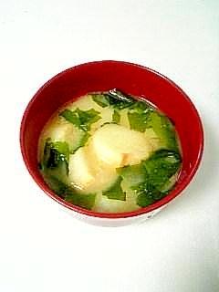 ☆お麩とわかめのお味噌汁☆