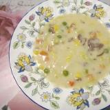 白菜とミックスべジダブルとシメジのクリームシチュー