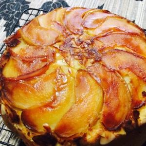 炊飯器で簡単!米粉のHMで!りんごのホットケーキ