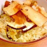 松茸と油揚げの炊き込みご飯