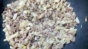 作り置きレシピ!アレンジいろいろ! 牛肉玉ねぎ炒め