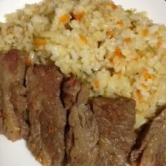 牛脂と冷凍ご飯で★パラパラ美味しいガーリックライス