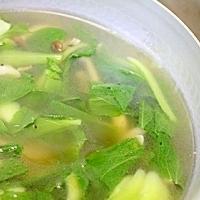 チンゲン菜としめじの中華スープ