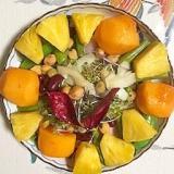 セロリ、柿、パイン、アスパラのサラダ