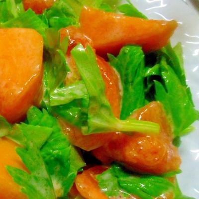 ワインと相性バツグン♪秋の味覚の「柿」でおしゃれなサラダを作ろう