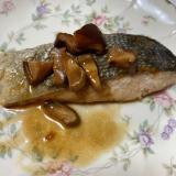 秋鮭の醤油バター焼き