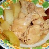 おでんの素で鶏手羽元と大根の煮物
