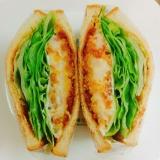 簡単♡カニクリームコロッケのサンドイッチ