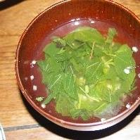 モロヘイヤととうもろこしのスープ
