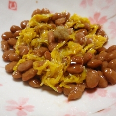 菊の花を食べやすく。納豆ワサビ醤油和え☆