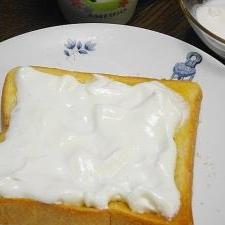 生クリームトースト♪甘くておいしい~♪