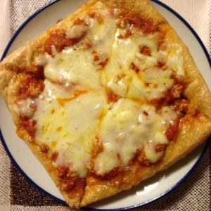 揚げでミートソースピザ