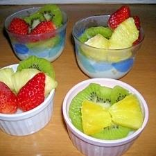 フルーツたっぷりミルクプリン