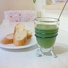 青汁と牛乳de♪緑のミルクジャム♪