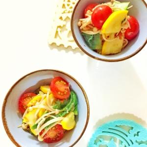 夏にピッタリ!ズッキーニとトマトのカラフル和え