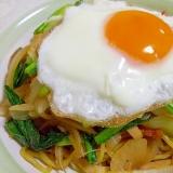鉄分たっぷり☆小松菜と高野豆腐のソース焼きそば
