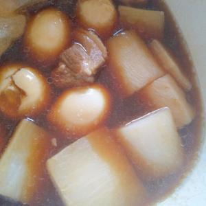 大根と玉子の煮豚