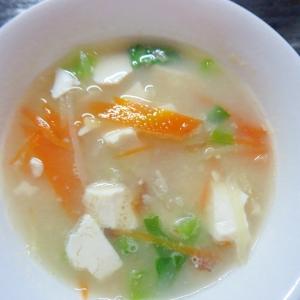 せん切り野菜の味噌汁