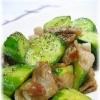 きゅうりと豚バラ肉の塩麹炒め