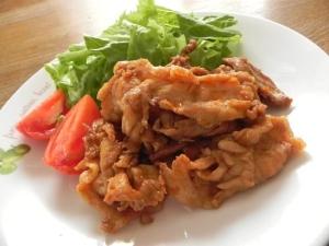 材料4つで簡単★豚肉コチュジャンマヨ炒め