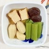 里芋、厚揚げ、蕗の煮物