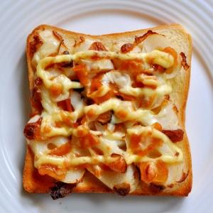 ちくわと福神漬けのトースト