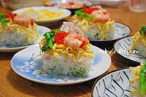 春待ち飾り♪菱形ひなちらし寿司