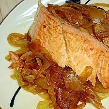 鮭と玉ねぎの生姜焼き