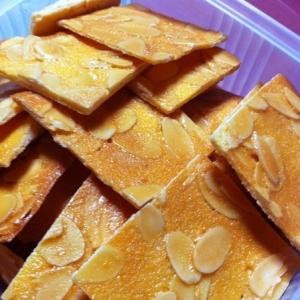 バター不使用・全卵使用☆大雑把アーモンドチュイル