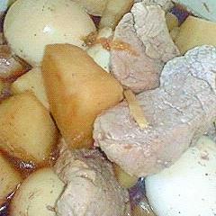 梅干しin豚ヒレ肉と大根の煮物
