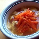 たっぷりニンジンと卵のスープ