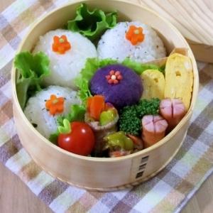 お弁当のかわいいおかず☆むらさき芋のお花マッシュ♪