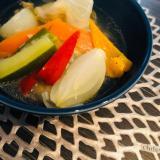 ゴロゴロ夏野菜と鶏ミンチのコンソメスープ