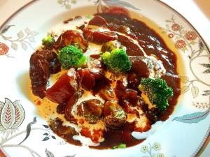 圧力鍋で簡単スネ肉 で赤ワイン煮込みビーフシチュー