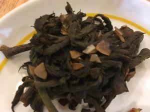 タラの芽のにんにく炒め