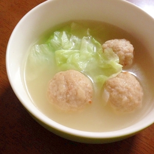 レタスと肉団子のスープ