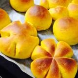 ふわふわかぼちゃパン