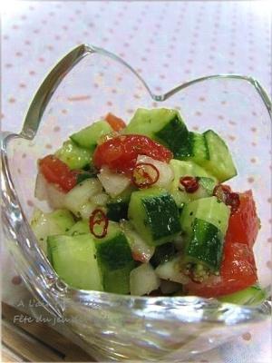 サルサ風!きゅうりとトマトの彩りサラダ