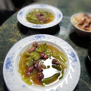 春キャベツとホタルイカのスープ