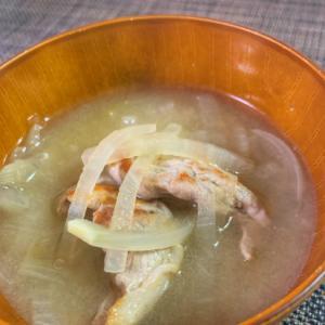 ホッとする優しい味♡豚バラ大根のお味噌汁