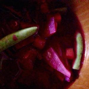 大根といんげんとビーツの葉の味噌汁
