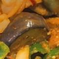 茄子とピーマンと玉ねぎのピリ辛味噌炒め