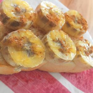 シナモンバナナ蜂蜜トースト