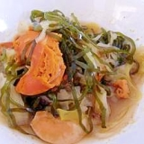 切り昆布とホタテのタマゴの煮物