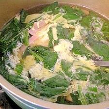 ホウレンソウと卵のスープ
