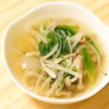 身近な調味料で簡単ヘルシー♪エスニック風野菜スープ