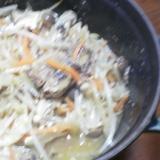 いわし缶詰めともやしの煮物