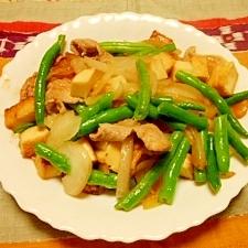 厚揚げと野菜の塩麹炒め