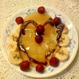 チョコシロップ掛け☆白桃と黄桃のゼリーフルーツ添え