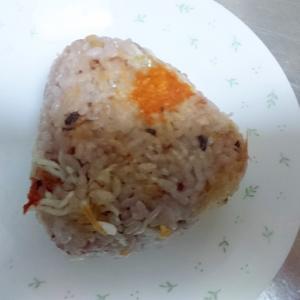しらす干しとチーズの焼おにぎり(雑穀米)